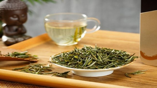 best Chinese tea Huangshan Maofeng